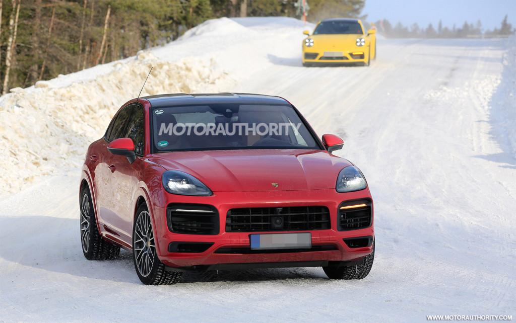 Новый PorscheCayenne GTS Coupe